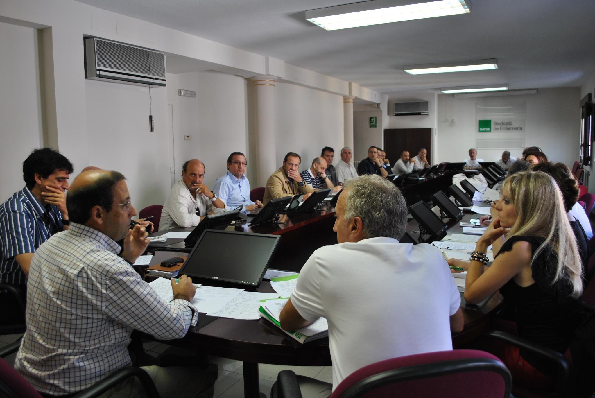 Reunión de la Plataforma Sindical y de Asociaciones Profesionales de Empleados Públicos para acordar las próximas acciones contra los recortes (4 de septiembre de 2012)
